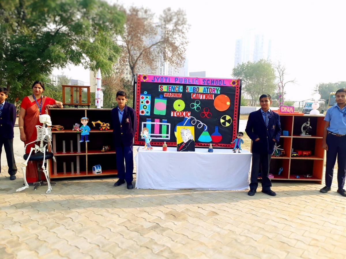 Science Exhibition3
