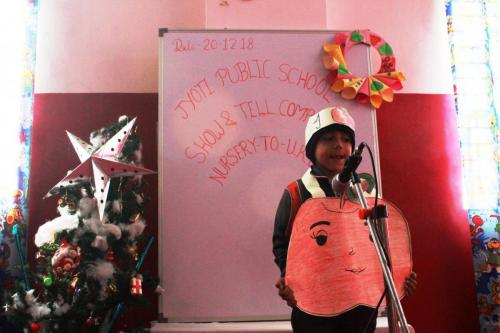 Show and tell competition (pre primary wing)1
