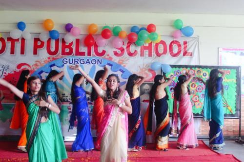 Teacher's day celebration in school 6